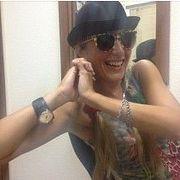 Татьяна Яценко, известная петербуржская исполнительница музыки встиле Рэггей вгостях уЖени Глюкк (083)