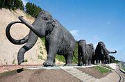 Увековеченные братья наши меньшие // Петр Воронков — о памятниках животным