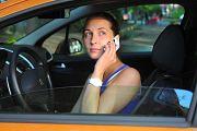 За использование гаджетов за рулем предложили штрафовать на 5 тыс. рублей
