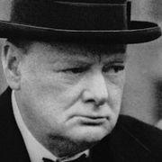 Не сотвори себе кумира из Черчилля