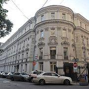 Кто живет в старинных особняках в центре Москвы