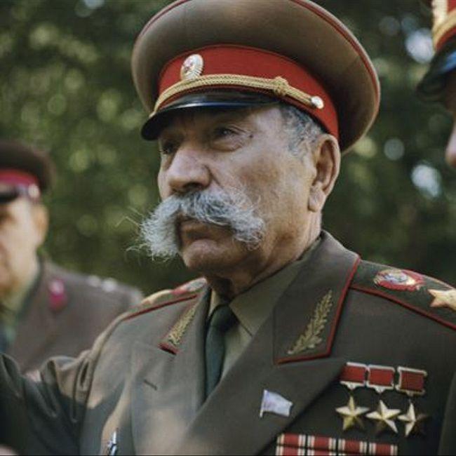 Семен Буденный— полководец прошлой войны