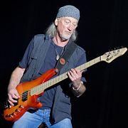 Роджер Гловер – бас-гитарист группы Deep Purple