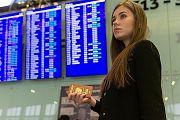Более 40% из желающих уехать из страны составляет молодежь