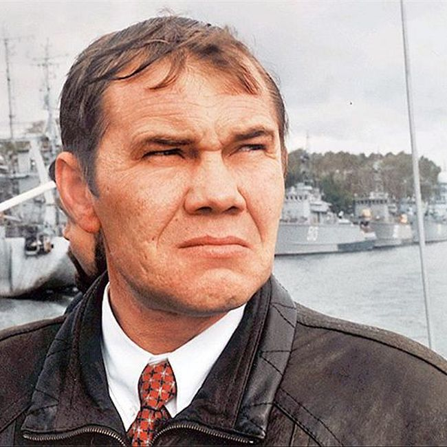 Генерал Лебедь. Командарм без ошейника