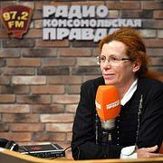Эксклюзив : Юлия Латынина: За Зеленского проголосовали не вопреки Порошенко, а вопреки всей политической системе