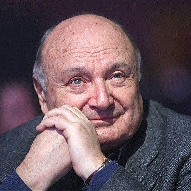 Михаил Жванецкий: «Отсутствие самоиронии приводит к патриотизму и толкает в политику»