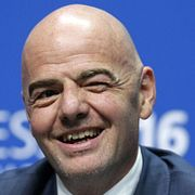 Президент ФИФА постебался над российскими футболистами