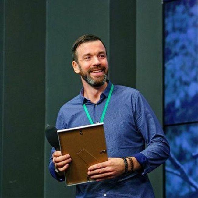 # 63 Александр Молчанов: как сценарист стал предпринимателем и открыл школу с оборотом 12 млн. руб.