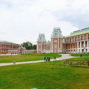 Москва таинственная: Как Царицыно превращалось из царской резиденции в дачный поселок