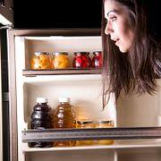 FAQ: Почему открыть морозильную камеру во второй раз тяжелее