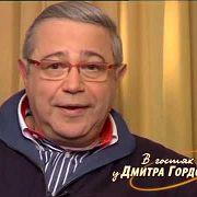 Петросян: У других шутки я никогда не заимствовал, так как такие вещи ниже своего достоинства считал