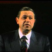 """Е. Петросян - фельетон """"Не в названии дело"""" (1991)"""