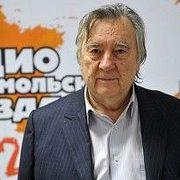 Александр Проханов: Порошенко сбежит, а радикалы возьмут власть и ударят по Донбассу