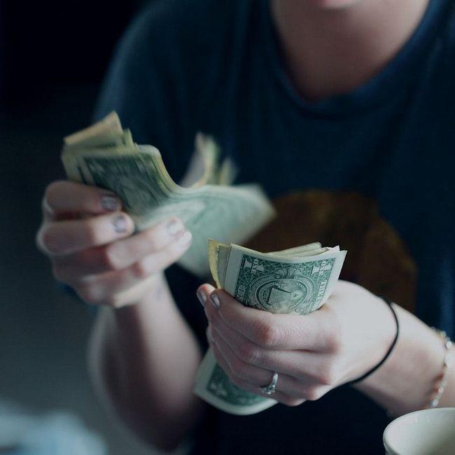Деньги Не Пахнут. Имеет Значение