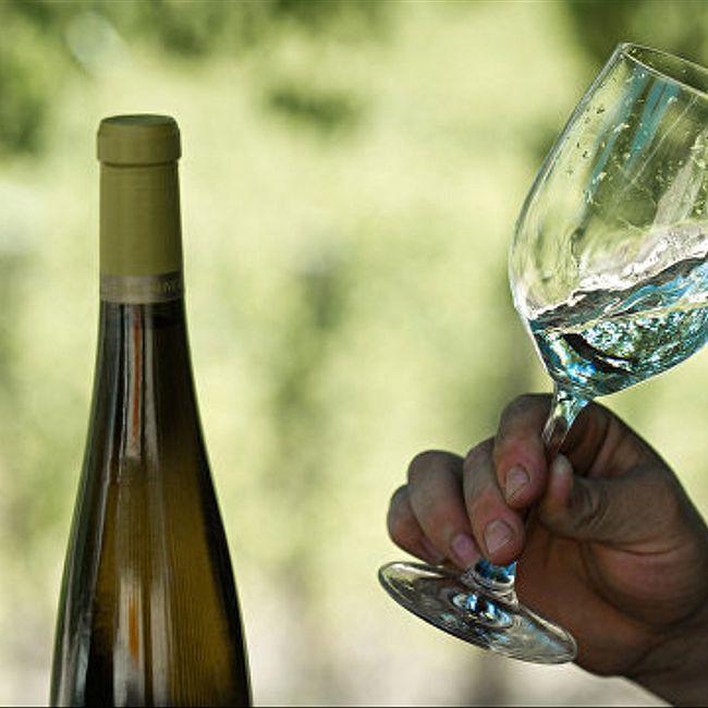 Белое вино опасно для женщин