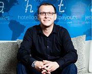 10-Макс Крайнов CEO Aviasales.ru: управление удаленным бизнесом, офис в Тайланде и путешествия
