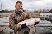 В России набирает популярность ловля форели на платных водоемах по принципу «поймал-отпусти»
