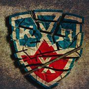 КХЛ избавилась от двух клубов