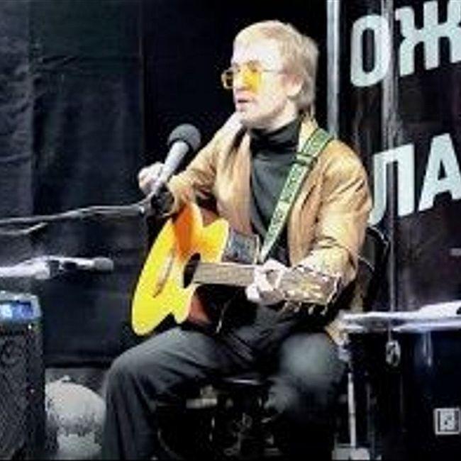 Живой концерт Алексея Смирнова в студии МОТОРАДИО