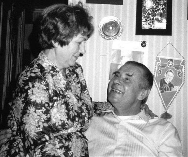 Семейные истории. Лев и Валентина Яшины