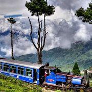 Старинные поезда России и Индии
