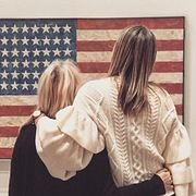 На Шарапову накинулись за фото с флагом США
