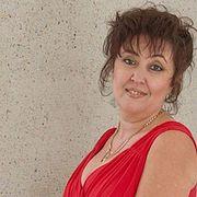 «Срок за стихи и домашние задания»: скандальной учительнице из Златоуста вынесли приговор