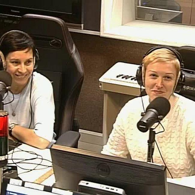 О женском хоккее - Жанна Щелчкова и Елена Бялковская