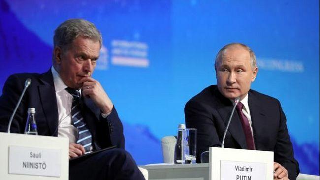 """Как Путин и его гости играли в """"дружбу"""""""