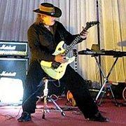 Гитары Fender ите, кто наних играет (049)