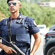 Итальянская мафия приговорила собаку