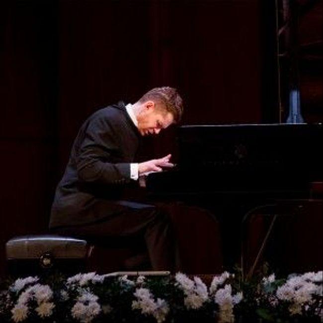 #ХОЧУинтервью пианист Андрей Гугнин WarmNEWS 2018.04.21.